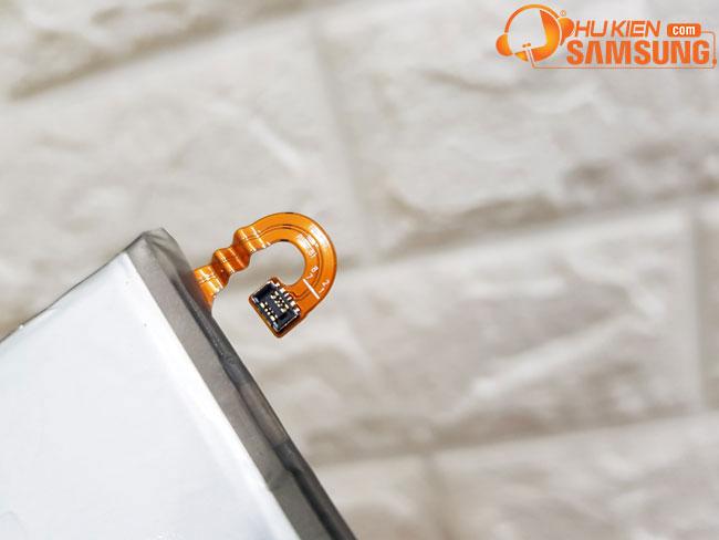 giá thay pin A7 2017 bao nhiêu hcm