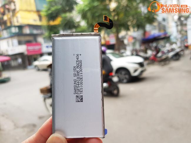 giá thay pin galaxy S8 chính hãng hcm