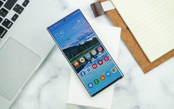 Độ sáng màn hình Note 10 Plus hiển thị sắc nét